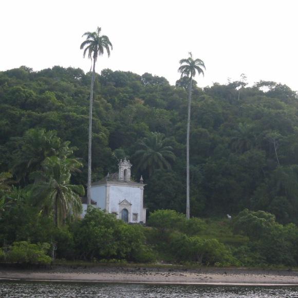 Up the Rio Paraguassu.