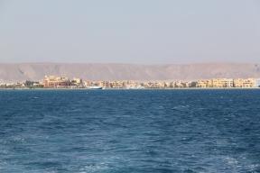 El Gourna shore line.